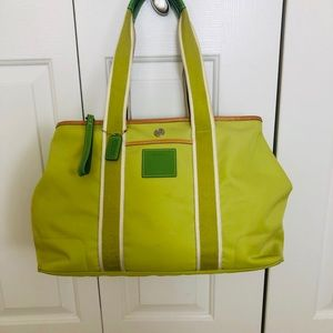 7bbb2e30e Coach lime green bag w/leather piping & sineage